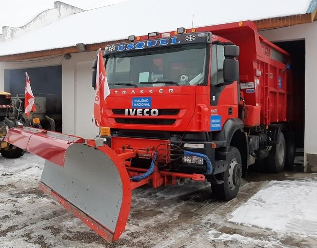 IVECO trucks removing snow
